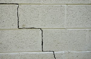 Structural cracks